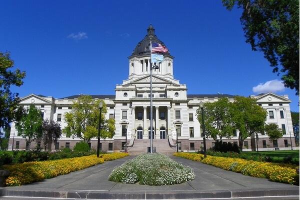 South Dakota Governor Kristi Noem Phone Number, Email Address, Mailing Address and More
