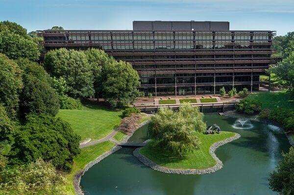 John Deere Headquarters Address, Contact Details, HR Phone Number and More