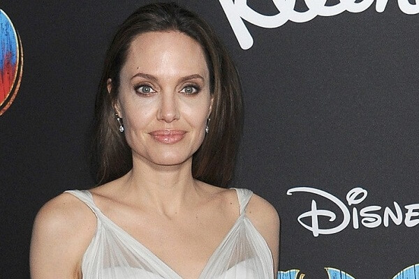 Angelina Jolie Phone Number, Fan Mail Address, Mailing Address, and More