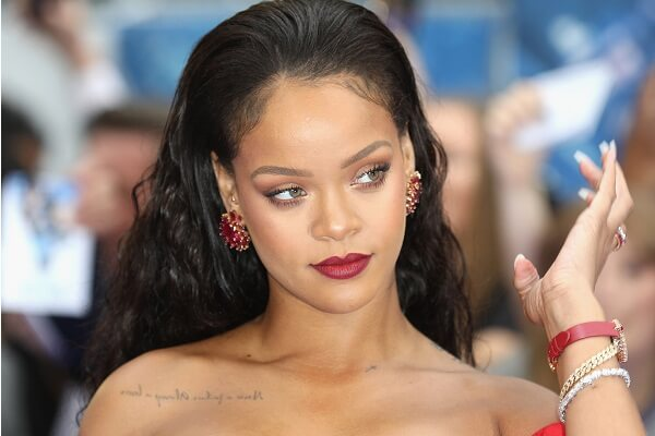 Rihanna Phone Number, Fan Mail Address, Email Address, and Contact Information