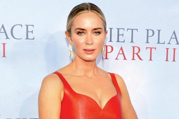 Emily Blunt Fan Mail Address, Phone Number, Autograph Request Address, and More