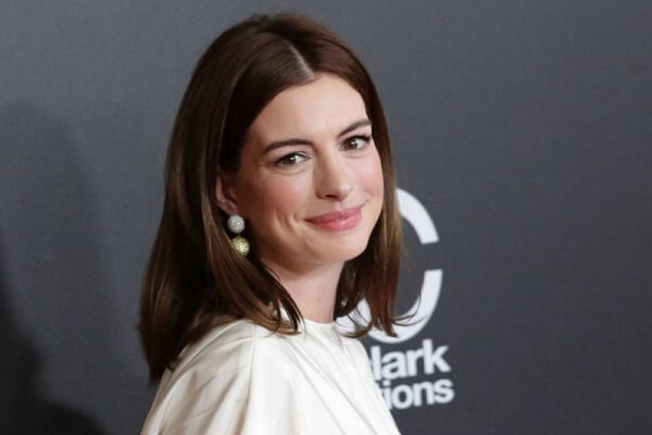 Anne Hathaway Mobile Number, Contact Number, House Address