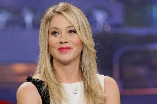 Christina Applegate Fan Mail Address, Phone Number, Email Address
