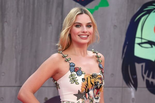 Margot Robbie Contact Number, Fan Mail Address, and Autograph Request Address