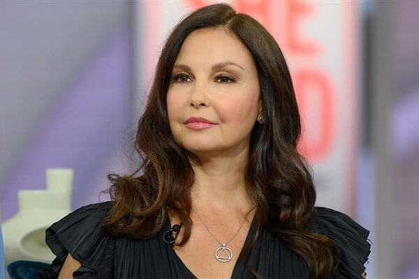 Ashley Judd Email Address, Contact Number, Mailing Address